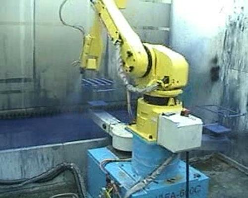 自动喷涂机器人满足设计要求