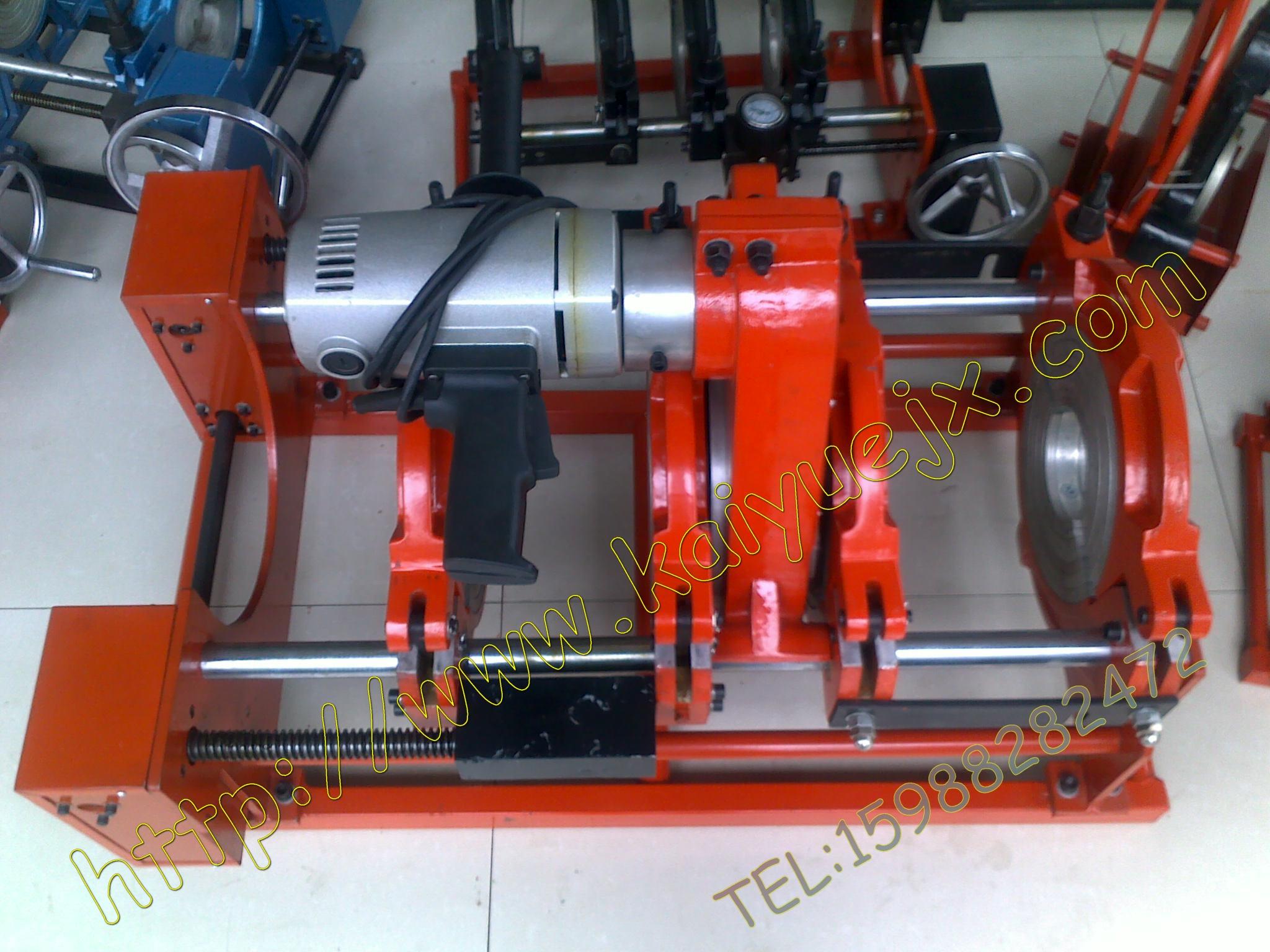 诸暨市凯悦(雅)机械配件厂是国内具有实力的专业生产制造液压管件和软管接头以及生产经营PP-R、PE、PE-RT熔接器、对焊接机、试压泵、PP-R剪刀的生产厂家之一。工厂的经营范围涉及液压管件系统的各个领域。其主要包括各种材质,各种压力级别,各种尺寸标准的液压软管、软管接头等。它们广泛应用于机械、冶金、石油、矿山、建筑、化工、船舶、航天、军事等行业的液压及流体输送系统中。  工厂拥有一批高素质、高科.