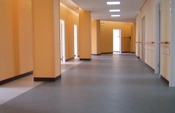 保养方便 pvc地板的保养非常方便