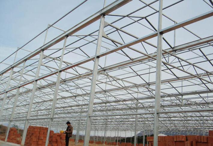 本工程弧形钢架结构制作