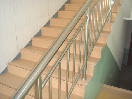 东营整体楼梯踏步 东营塑胶楼梯踏步