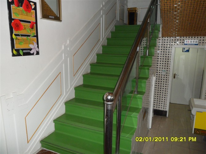 威海塑胶楼梯踏步 威海pvc楼梯踏步
