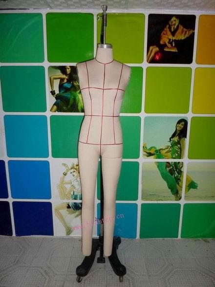 立体人台服装设计图