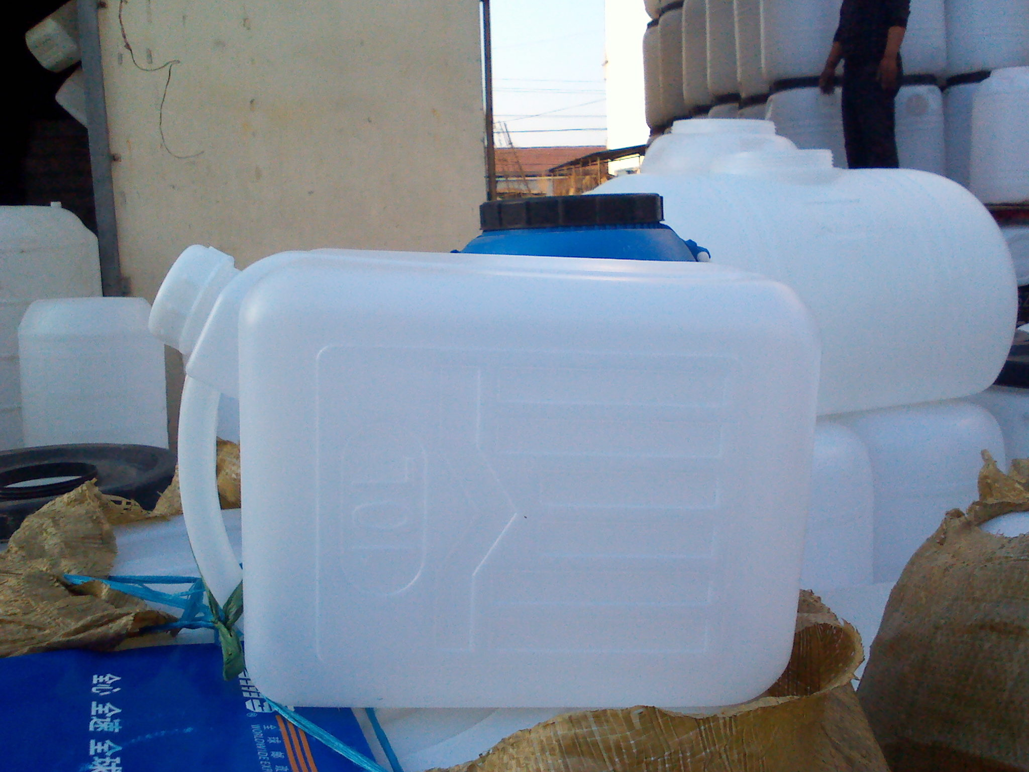 5升塑料桶 5升花生油桶
