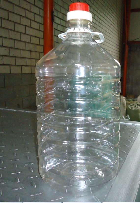 """庆云一诺塑料制品有限公司 销售热线15066502226欢迎来电咨询洽谈,公司成立于1998年,位于华北地区最大的塑料制品生产基地,山东省庆云县。公司主营:吹塑1-3000L、注塑1-50L及滚塑200-30T塑料桶制品、公司秉承""""顾客至上,锐意进取""""的经营理念,坚持""""客户第一""""的原则为广大客户提供优质的服务。欢迎惠顾! 庆云一诺塑料制品有限公司,是一家大型的专业化塑料桶生产厂家,拥有国际先进的注塑设备、吹塑设备及丝网印刷设备和热转印设备。公司坐落于华北最大"""