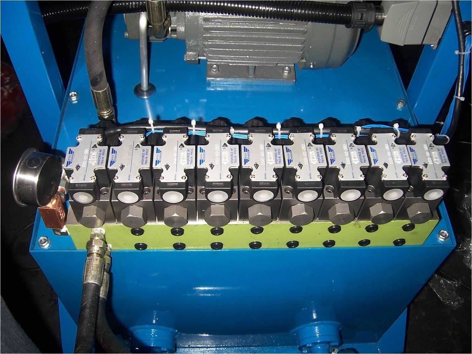 供应油压式时间顺序控制器 热流道针阀时序控制器 tr