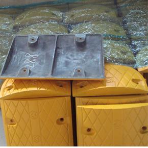 铸钢减速带厂家 广东减速带 橡胶减速带