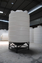 两吨锥底水箱CPT-2000L