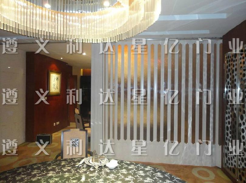 成都 重庆 pvc折叠门 家装隔断门2