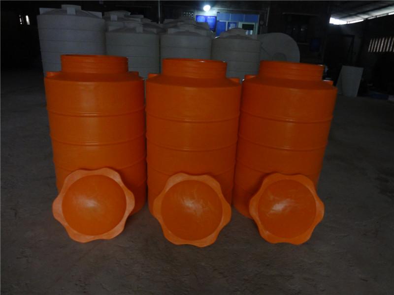供应符合食品卫生级塑料桶/装饮用水大桶/3吨塑料桶