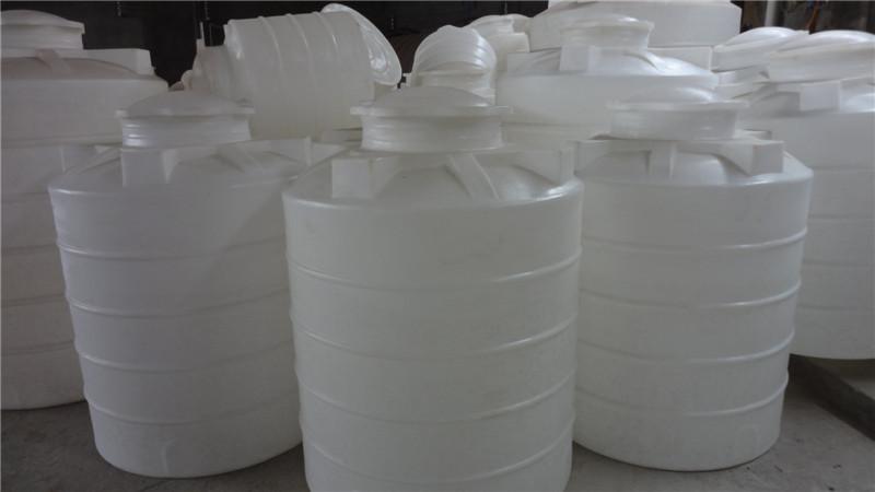 专业生产塑料桶,二次供水桶,楼房装水桶