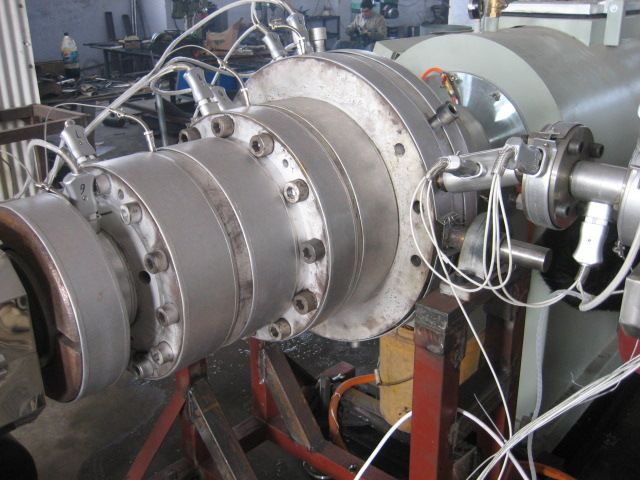 pvc扣板生产设备/pvc扣板机器