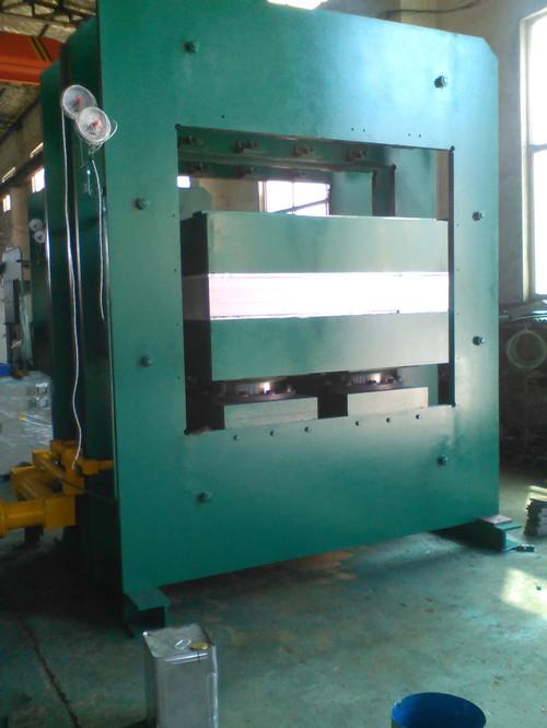 一鸣平板硫化机_橡胶硫化机_大吨位框板式硫化机_硫化机硫化橡胶设备