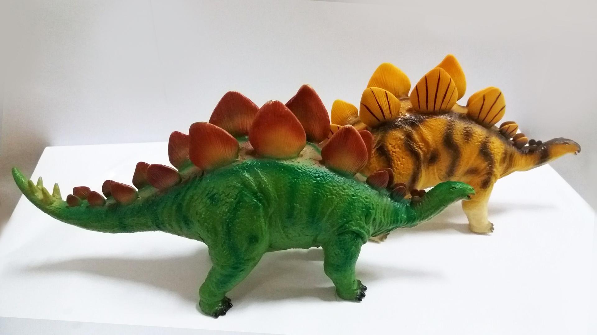 塑胶充棉恐龙模型