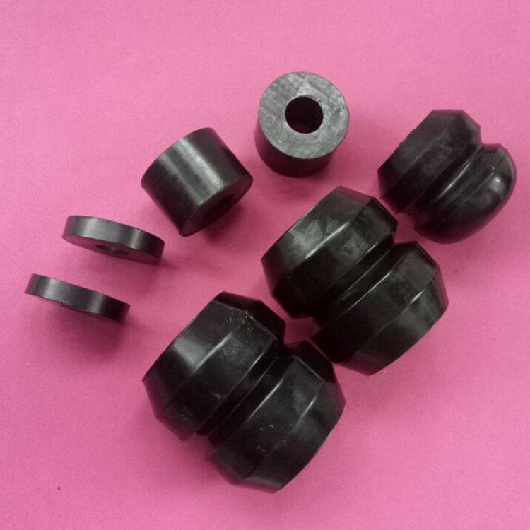 汇科牌橡胶减震块,耐油橡胶垫。耐酸碱胶垫。耐高温胶垫。橡胶杂品