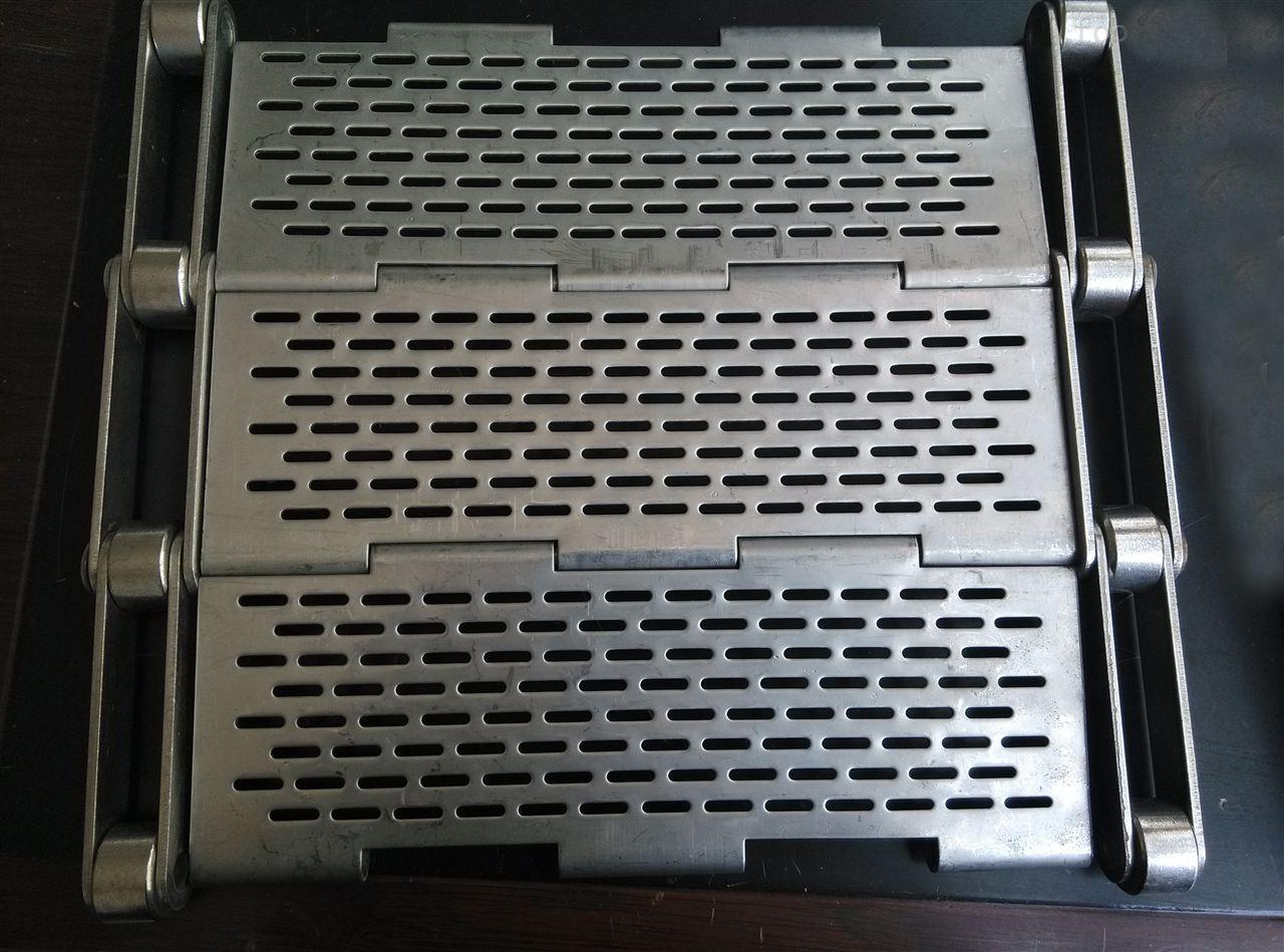 宁津县链板厂家 冲孔链板 180度转弯输送链板