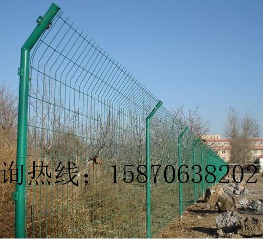 现货直销折弯护栏网 宜春果园围栏网圈山防护网公路护栏网 可加工定做