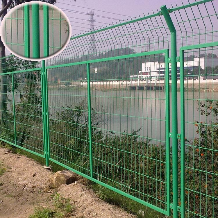 厂家直销边框护栏网 铁丝网围栏 双边框架护栏网 高速公路护栏