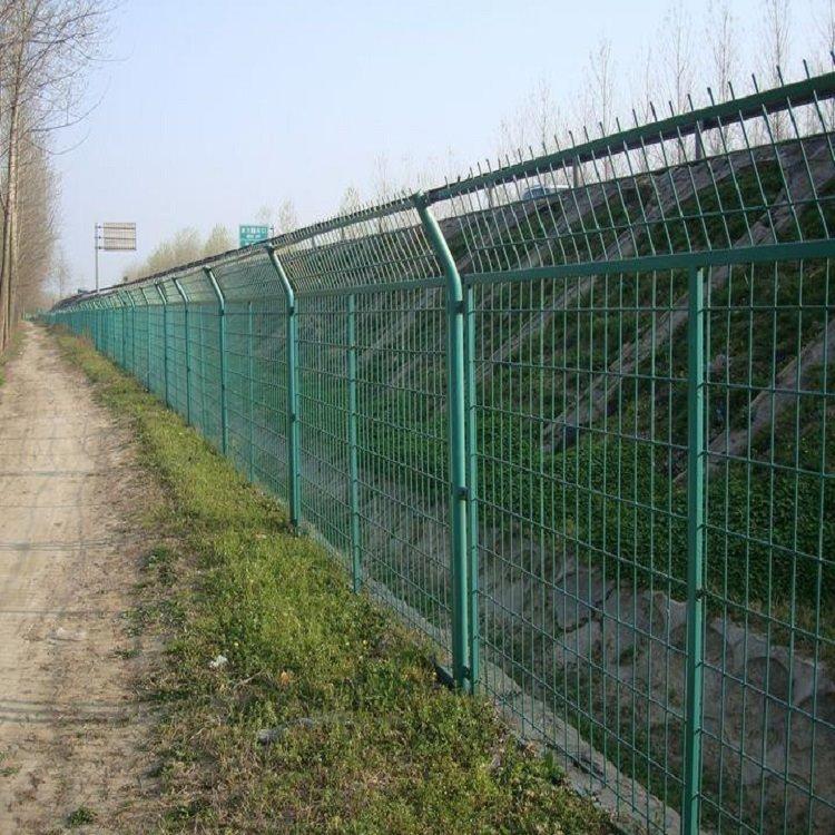高速公路铁路框架护栏 草绿色框架护栏 框架铁丝防护网