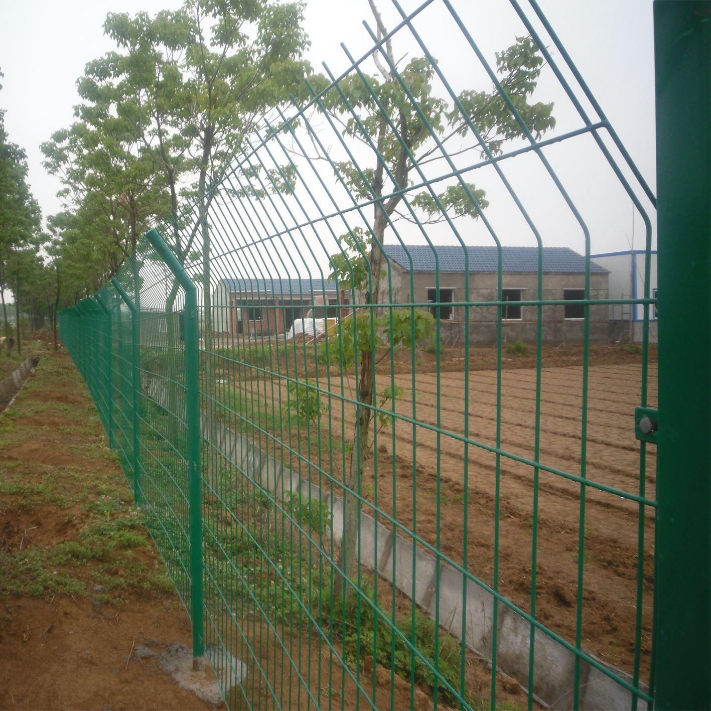 鹰潭铁质护栏 鹰潭市围树护栏 鹰潭市围电站护栏铁丝网