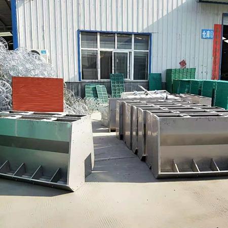 不锈钢料槽大猪食槽料槽产品介绍