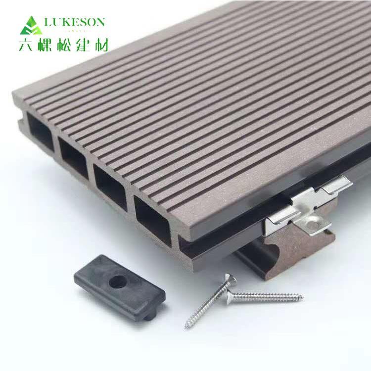 如何选择塑木地板不易变形易拼接量大优惠可定制_六棵松