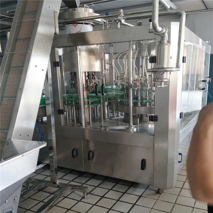闲置3000P瓶装水灌装设备 纯净水灌装机 纯净水生产 瓶装水灌装设