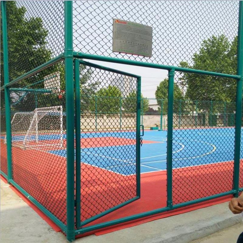 篮球场防护网体育场围网护栏运动场专用围栏网室外体育场围网
