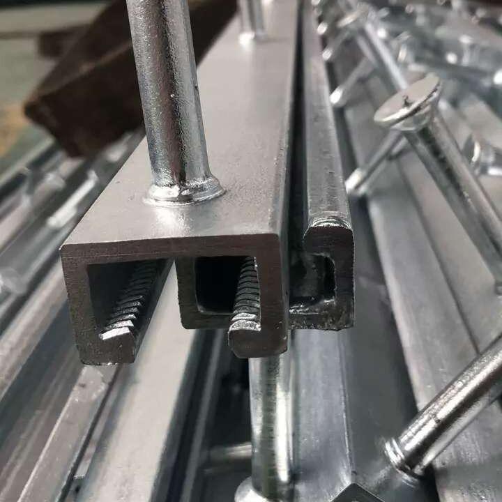 热镀锌带齿预埋槽钢