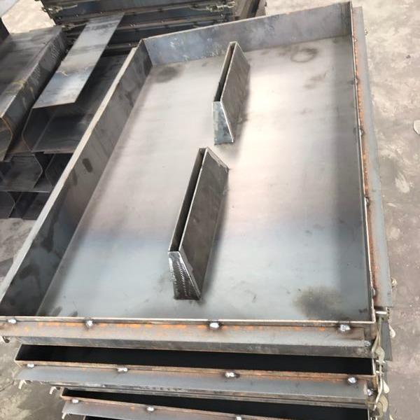 建丰水泥盖板模具  水泥盖板塑料模具 水泥盖板钢模具  水泥盖板铁模具 具体尺寸100*500*150