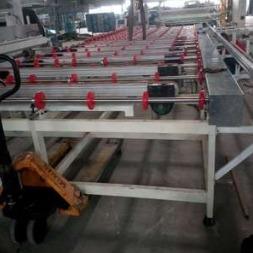 厂家直销 供应不锈钢网带、滚轮输入输送机