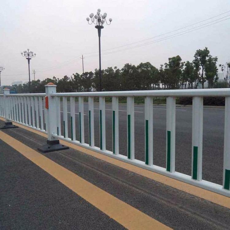 道路护栏 道路隔离护栏 道路交通护栏 交通隔离护栏