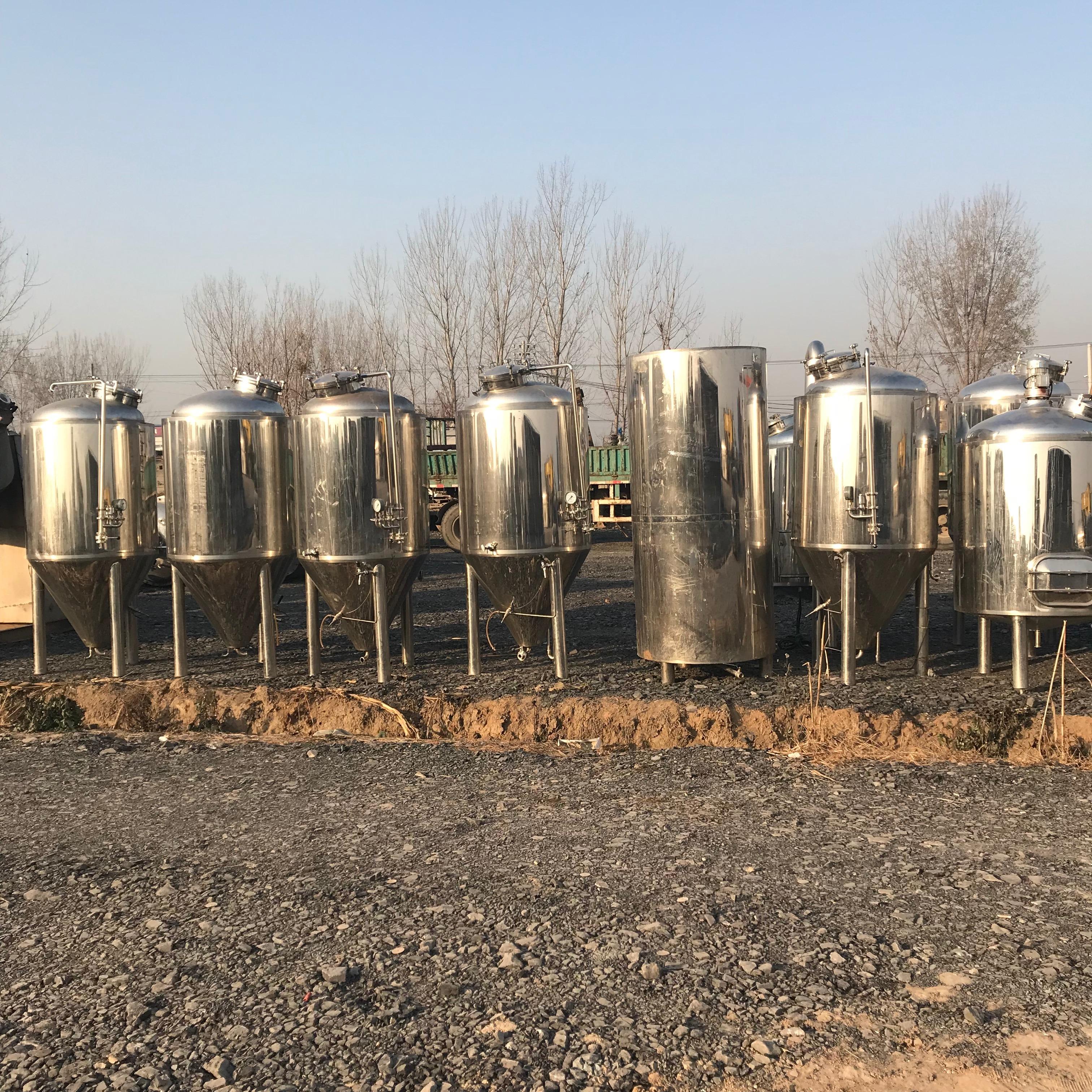 低价处理二手1000L啤酒设备,二手精酿啤酒设备蒸酒器发酵设备