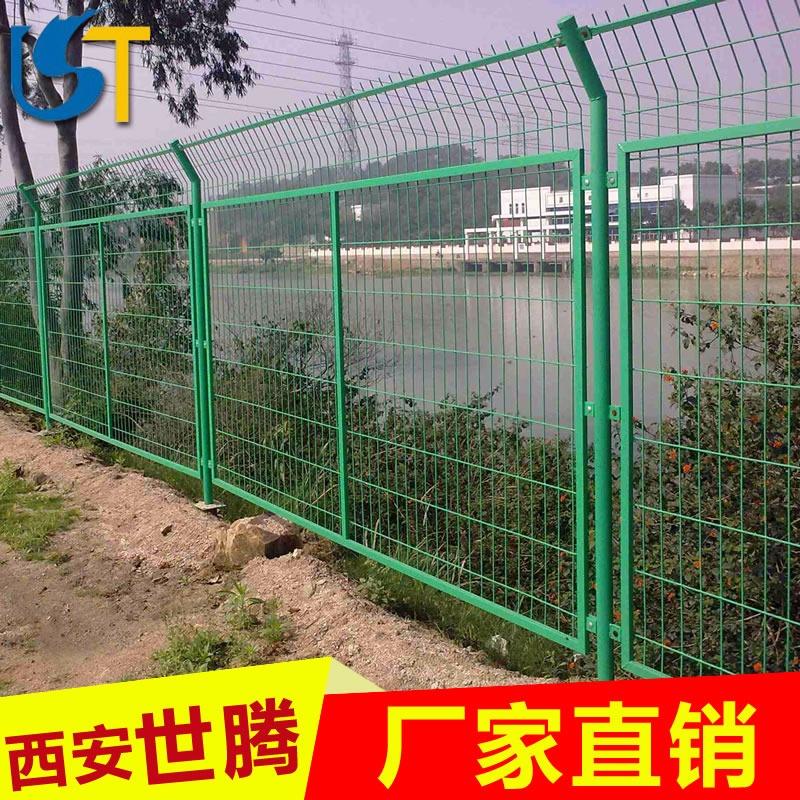 养殖场围栏防护网大概多少钱一米? 养鸡网养殖围网厂家报价