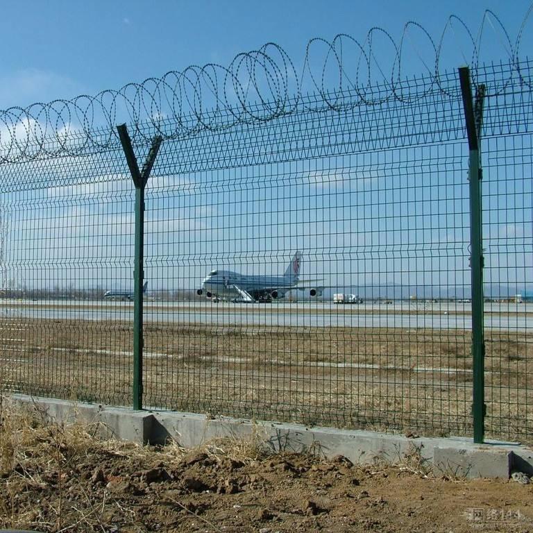 机场护栏网材料 带框双边护栏网规格