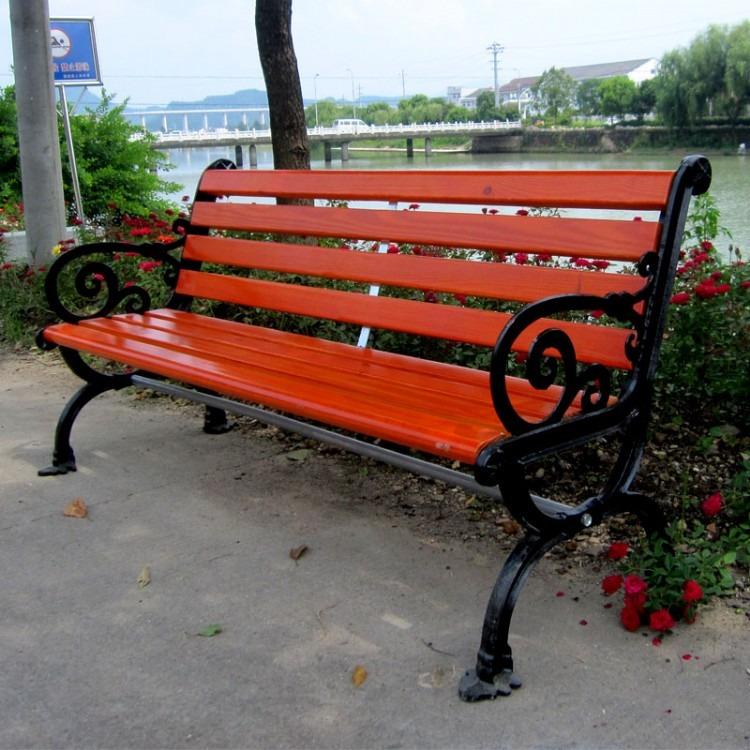 厂家直销公园户外椅 带靠背防腐木休闲椅 小区浴室用长条凳报价