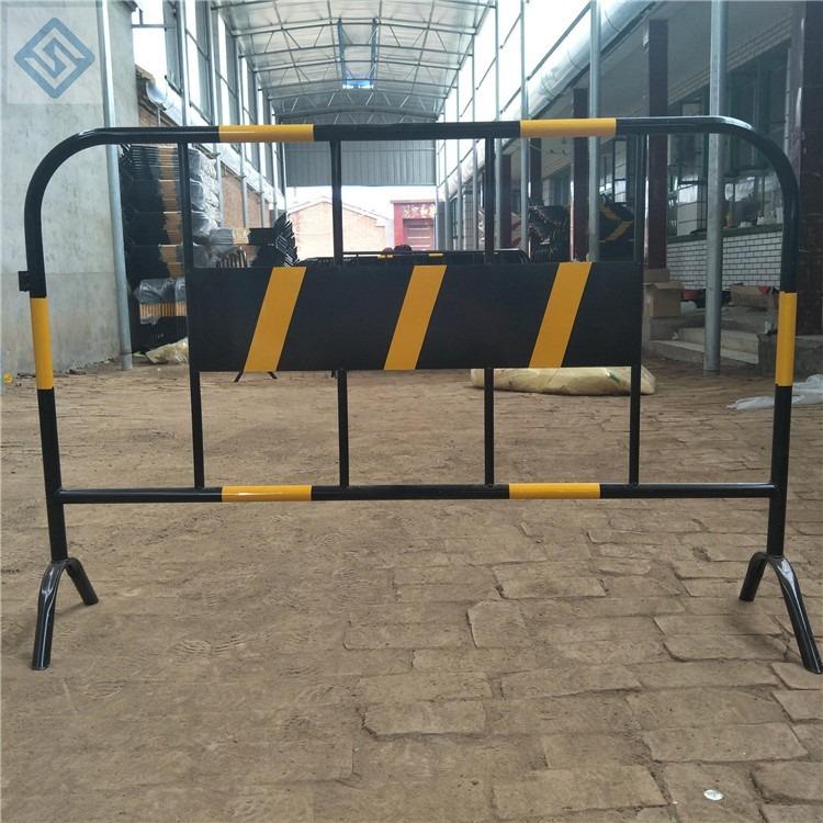 移动铁马护栏贵州铁马不锈钢铁马护栏现货供应移动铁马防护栏