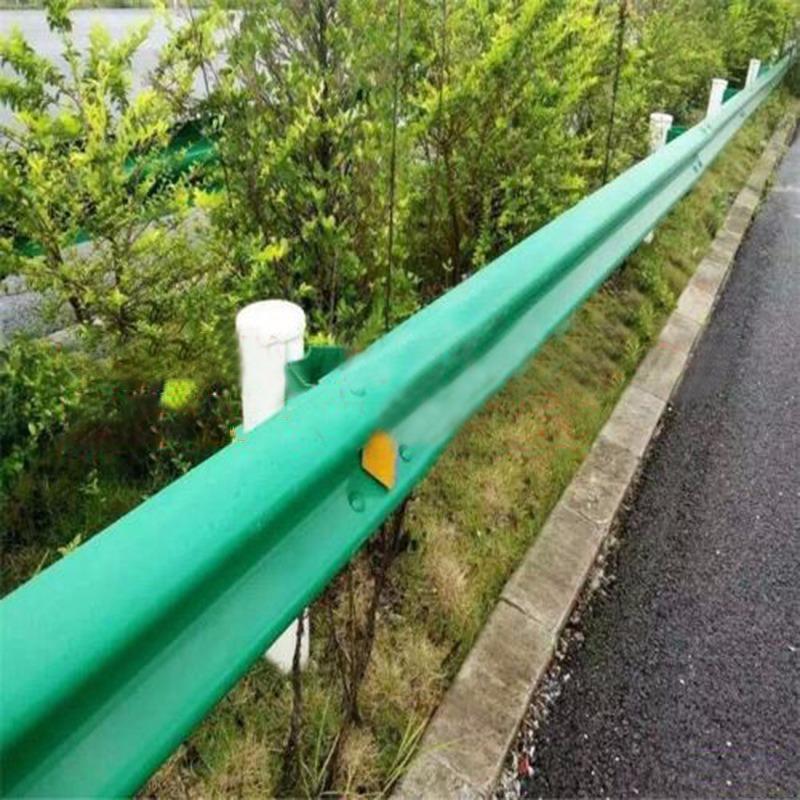 供应村村通波形护栏高速公路防撞护栏板乡村道路防护栏支持定制