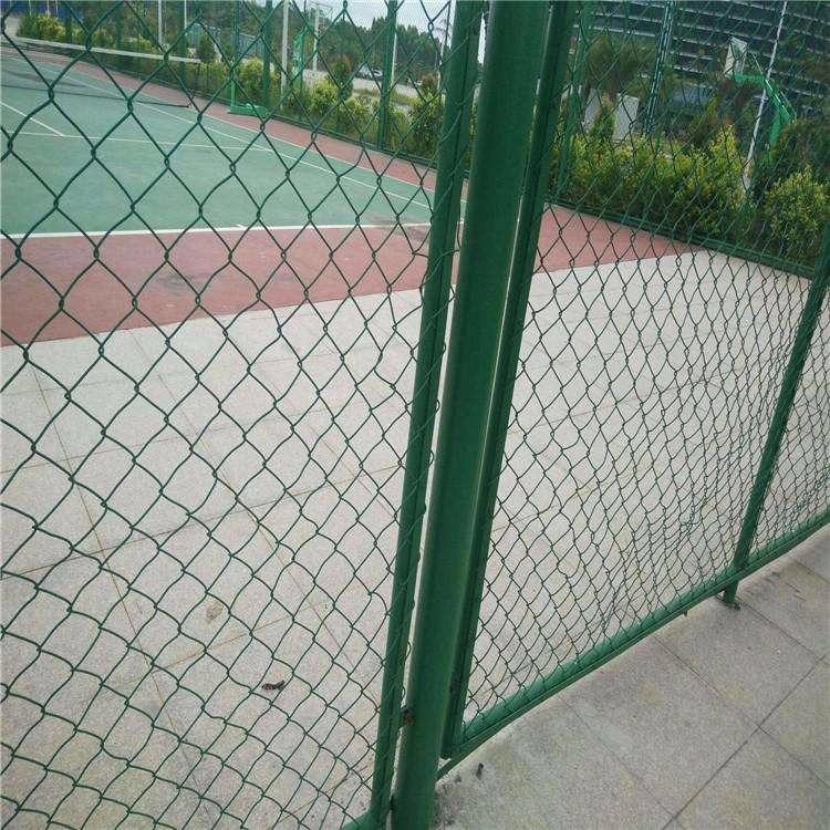 厂家直销 体育场围栏网铁丝网体育场铁丝护栏网围网 隔离网