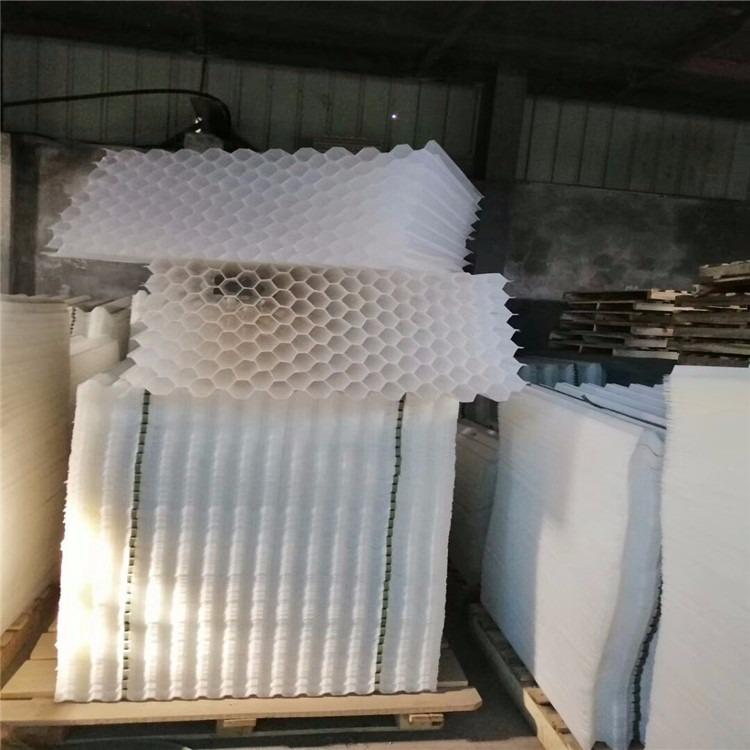 城市污水厂用蜂窝斜管材料供应 斜管焊接安装服务