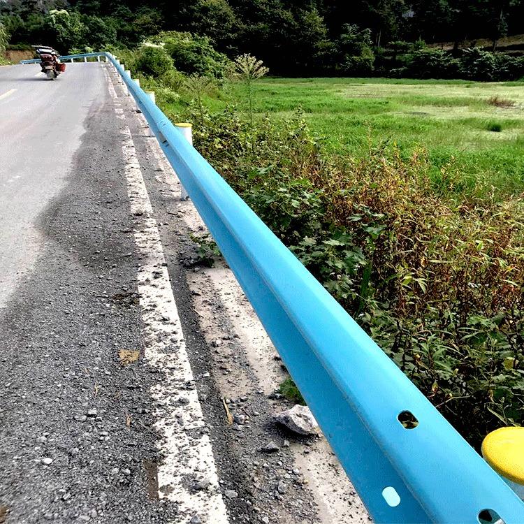 冠县波形护栏厂家供应波形梁护栏板 双波护栏云南三波喷塑护栏板