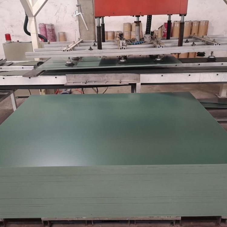 厂家生产pvc工装板  pvc板材PVC塑料板耐酸碱腐蚀塑料板工装板