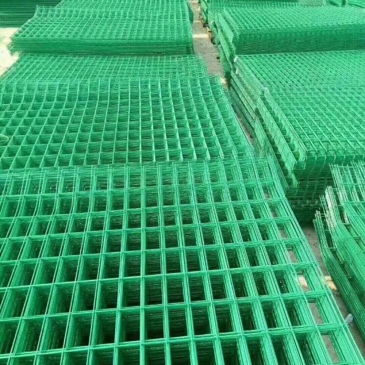 隔离铁路高速公路护栏网 框架防护栏铁丝网 护栏网 框架绿色围栏网