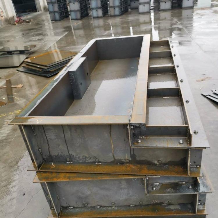 宋氏模具桥梁遮板模具 桥梁遮板钢模具 生产的发展要求
