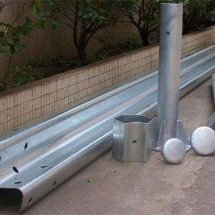小区护栏 三波波形护栏板