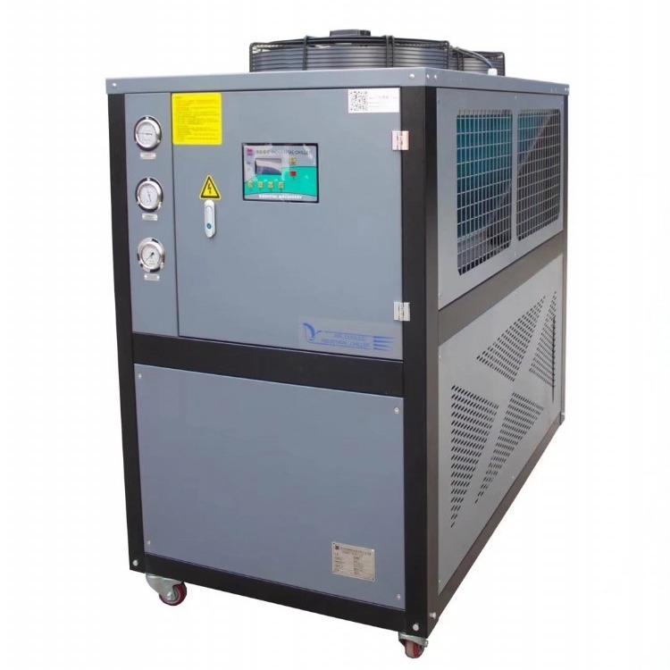风冷箱式工业冰水机,风冷箱式工业冷水机组,冷水机温度在3-35℃