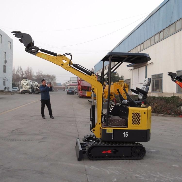 济宁挖掘机生产定制挖沟机 挖沟挖土挖掘机 液态履带1.5吨小型挖掘机