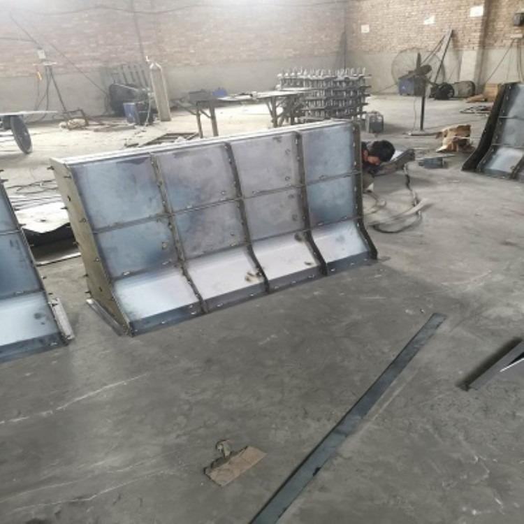 道路隔离带钢模具 预制隔离带钢模具 隔离带钢模具