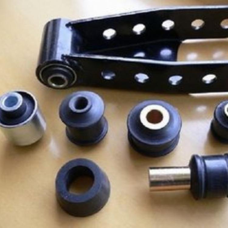 厂家定制汽车复合衬套汽车橡胶配件金属包胶橡胶件非标减震件