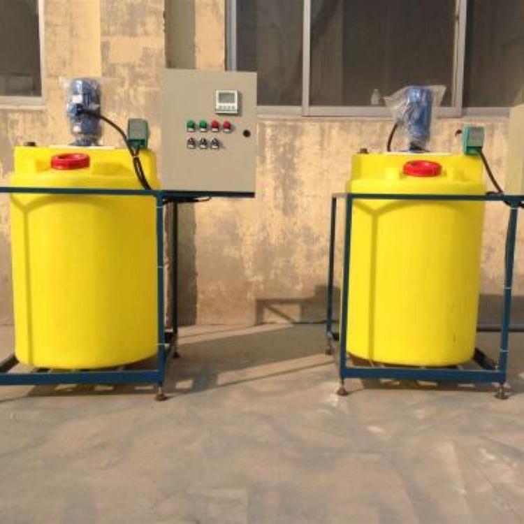 吉鑫公司定制生产加药装置_全自动加药装置_加氨装置
